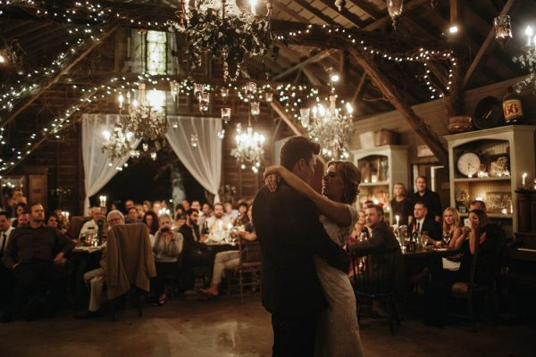 glitzy-rustic-diy-wedding-in-oxnard-california-hanna-photography-15