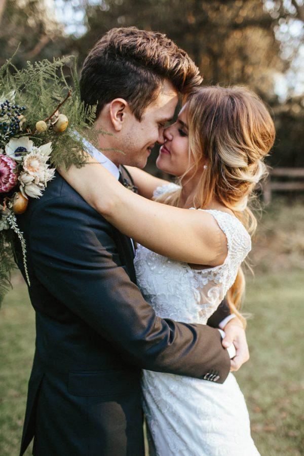 glitzy-rustic-diy-wedding-in-oxnard-california-hanna-photography-22