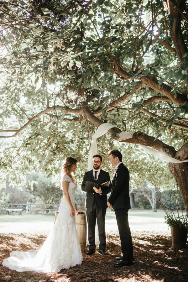 glitzy-rustic-diy-wedding-in-oxnard-california-hanna-photography-26