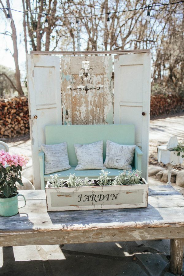 glitzy-rustic-diy-wedding-in-oxnard-california-hanna-photography-41