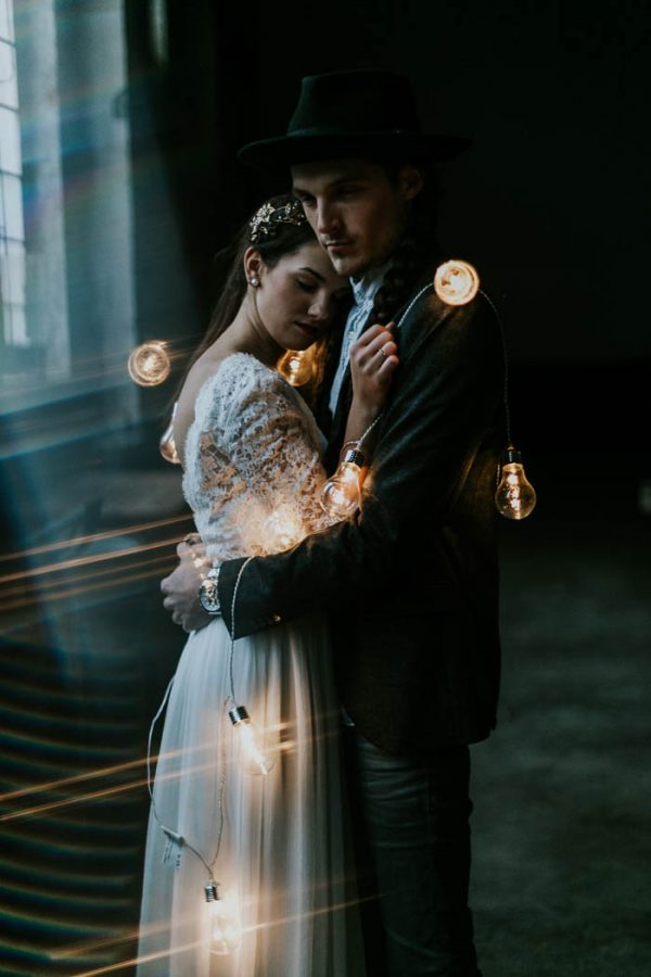 intimate-edgy-winter-wedding-inspiration-kathrin-krok-fotografie-54