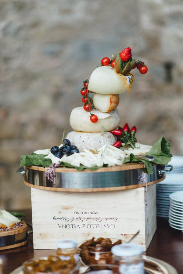 lavish-yet-laid-back-tuscan-wedding-at-villa-passerini-kreativ-wedding-17