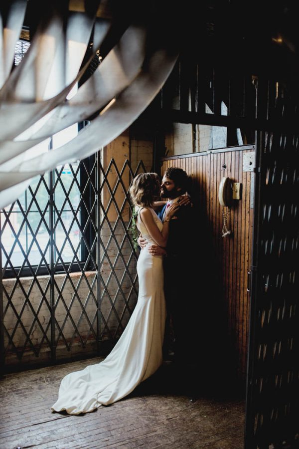 modern-natural-rochester-wedding-at-arbor-loft-alixann-loosle-photography-35