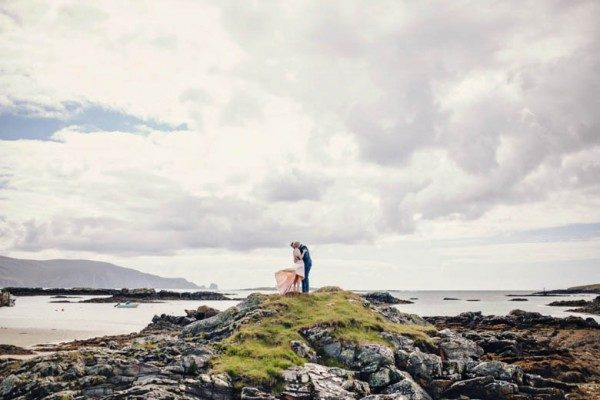 pink-blue-irish-wedding-31-600x400