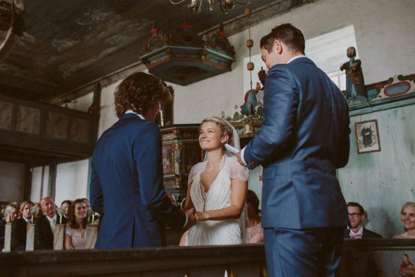 simply-elegant-norwegian-wedding-wide-in-wonder-45
