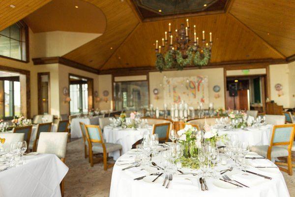 this-elegant-aspen-wedding-at-the-little-nell-has-the-most-breathtaking-backdrop-adonye-jaja-photography-21