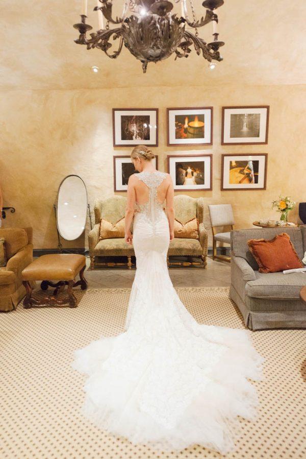 this-elegant-aspen-wedding-at-the-little-nell-has-the-most-breathtaking-backdrop-adonye-jaja-photography-25
