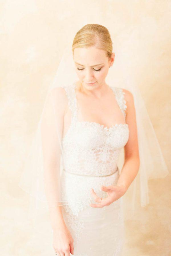 this-elegant-aspen-wedding-at-the-little-nell-has-the-most-breathtaking-backdrop-adonye-jaja-photography-27