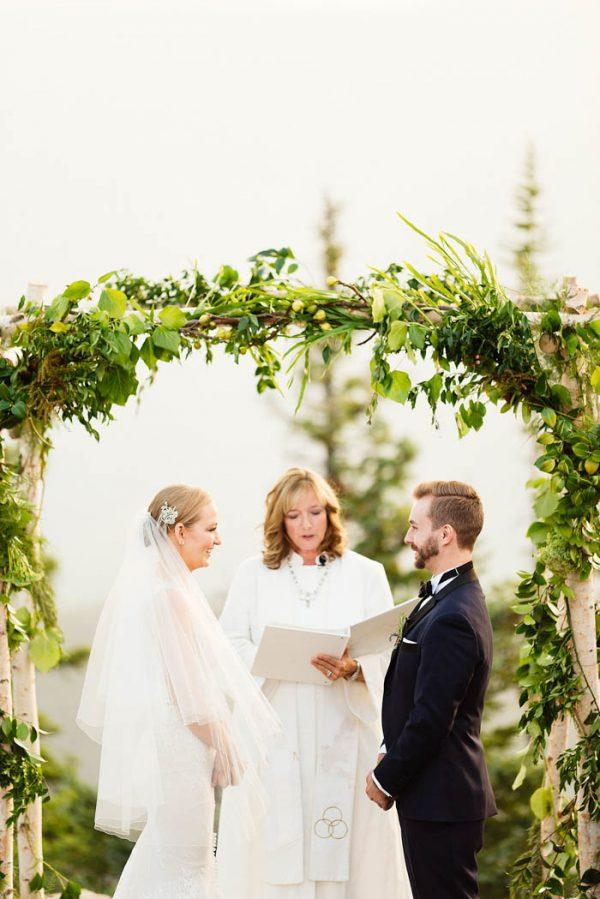 this-elegant-aspen-wedding-at-the-little-nell-has-the-most-breathtaking-backdrop-adonye-jaja-photography-36