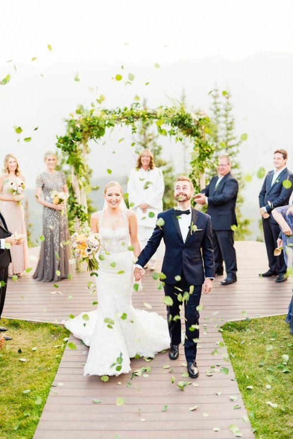 this-elegant-aspen-wedding-at-the-little-nell-has-the-most-breathtaking-backdrop-adonye-jaja-photography-39
