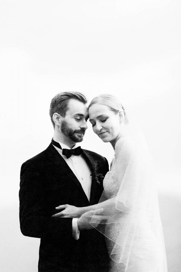 this-elegant-aspen-wedding-at-the-little-nell-has-the-most-breathtaking-backdrop-adonye-jaja-photography-48