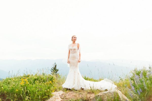 this-elegant-aspen-wedding-at-the-little-nell-has-the-most-breathtaking-backdrop-adonye-jaja-photography-60
