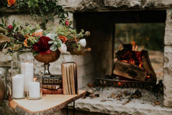 this-vibrant-fall-wedding-inspiration-gives-us-the-warm-fuzzies-weddings-by-alexandra-13