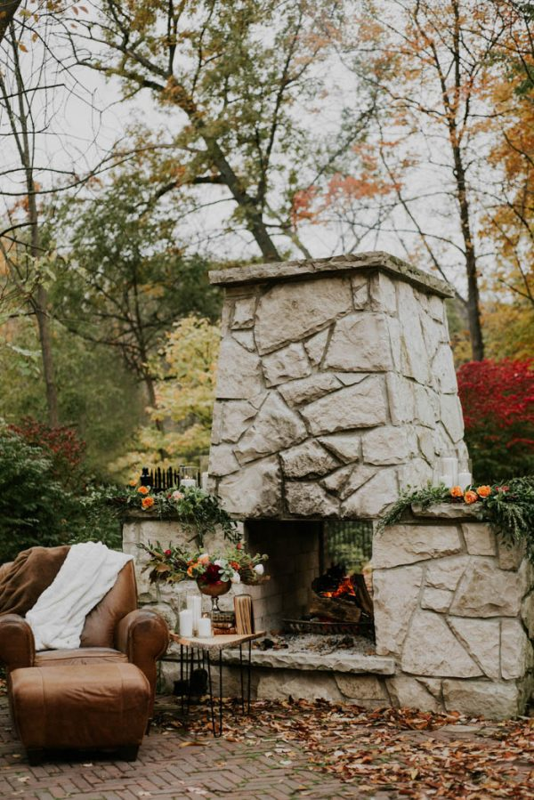 this-vibrant-fall-wedding-inspiration-gives-us-the-warm-fuzzies-weddings-by-alexandra-16