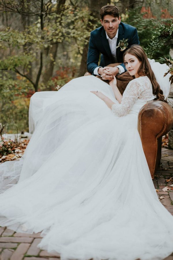 this-vibrant-fall-wedding-inspiration-gives-us-the-warm-fuzzies-weddings-by-alexandra-27