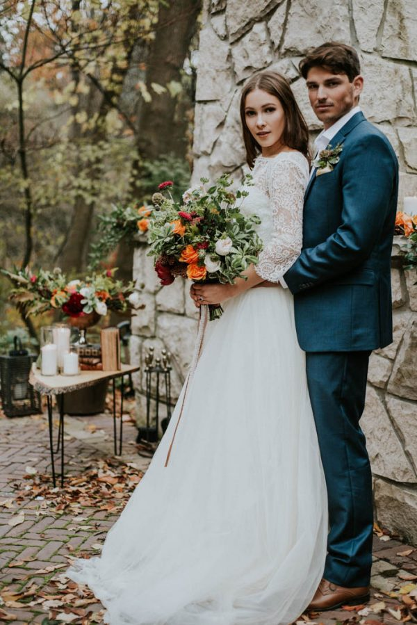 this-vibrant-fall-wedding-inspiration-gives-us-the-warm-fuzzies-weddings-by-alexandra-28