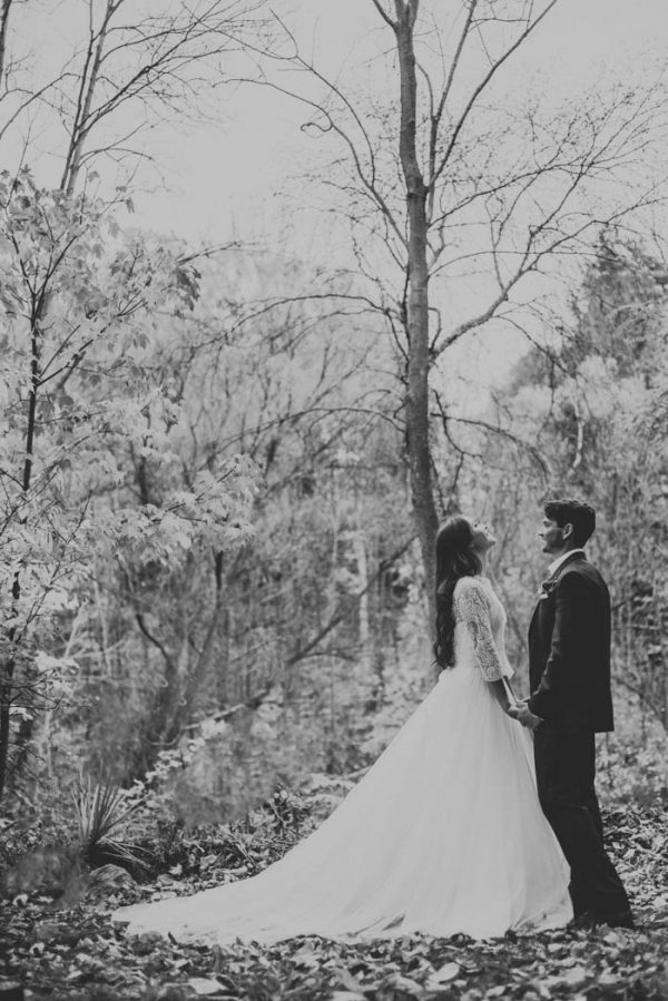 this-vibrant-fall-wedding-inspiration-gives-us-the-warm-fuzzies-weddings-by-alexandra-30