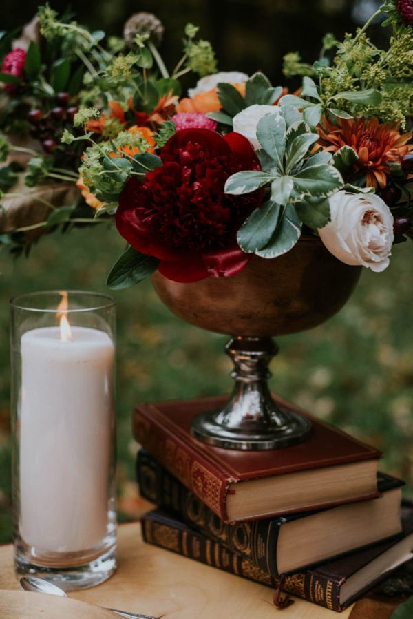 this-vibrant-fall-wedding-inspiration-gives-us-the-warm-fuzzies-weddings-by-alexandra-4