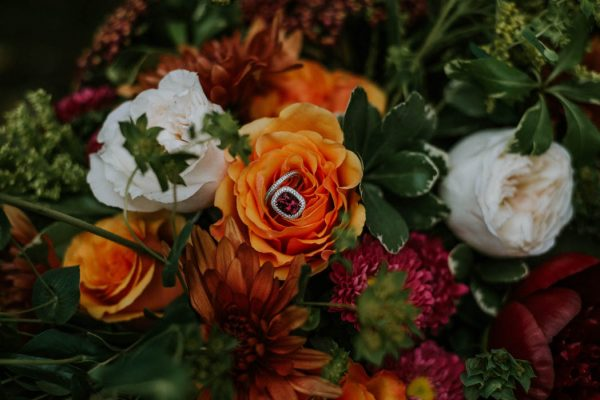 this-vibrant-fall-wedding-inspiration-gives-us-the-warm-fuzzies-weddings-by-alexandra-42