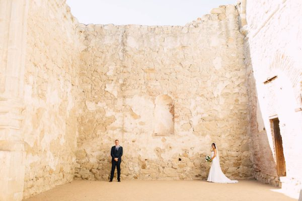 tuscan-inspired-california-wedding-at-the-villa-san-juan-capistrano-plum-oak-photo-10