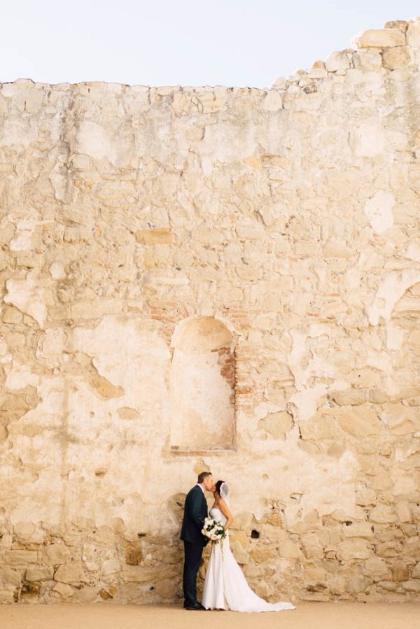 tuscan-inspired-california-wedding-at-the-villa-san-juan-capistrano-plum-oak-photo-11