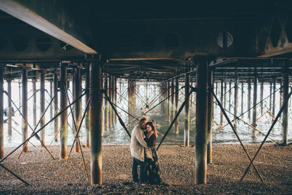 were-obsessed-with-the-bohemian-vibes-in-this-southsea-beach-engagement-hayley-savage-photography-11