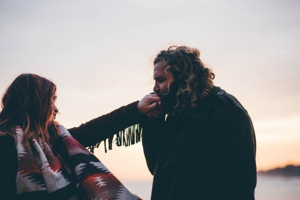 were-obsessed-with-the-bohemian-vibes-in-this-southsea-beach-engagement-hayley-savage-photography-25