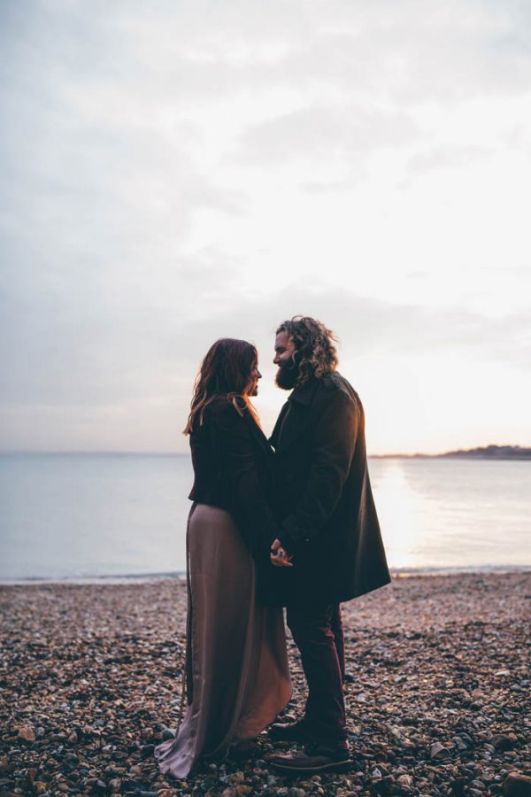 were-obsessed-with-the-bohemian-vibes-in-this-southsea-beach-engagement-hayley-savage-photography-26