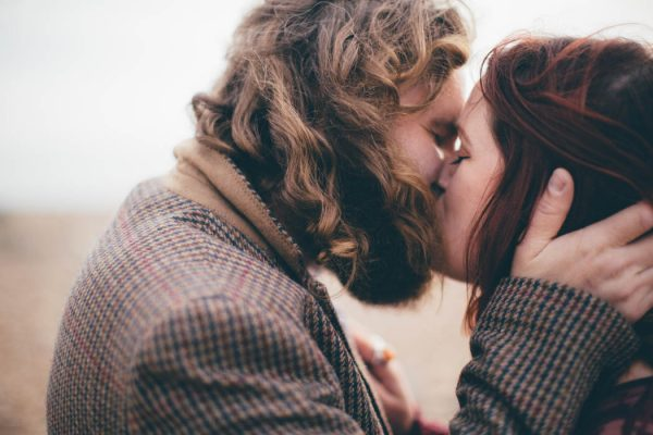 were-obsessed-with-the-bohemian-vibes-in-this-southsea-beach-engagement-hayley-savage-photography-32