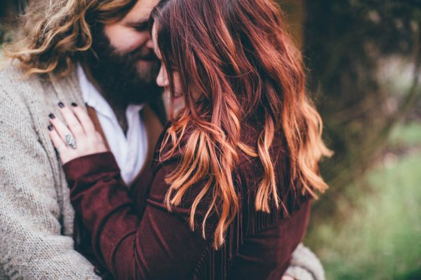 were-obsessed-with-the-bohemian-vibes-in-this-southsea-beach-engagement-hayley-savage-photography-7