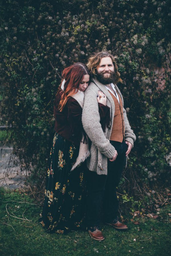 were-obsessed-with-the-bohemian-vibes-in-this-southsea-beach-engagement-hayley-savage-photography-9