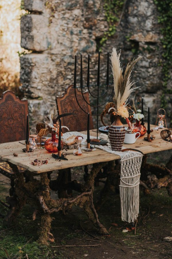 wild-wedding-inspiration-in-portuguese-castle-ruins-my-fancy-wedding-32