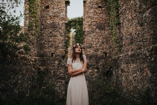 wild-wedding-inspiration-in-portuguese-castle-ruins-my-fancy-wedding-45