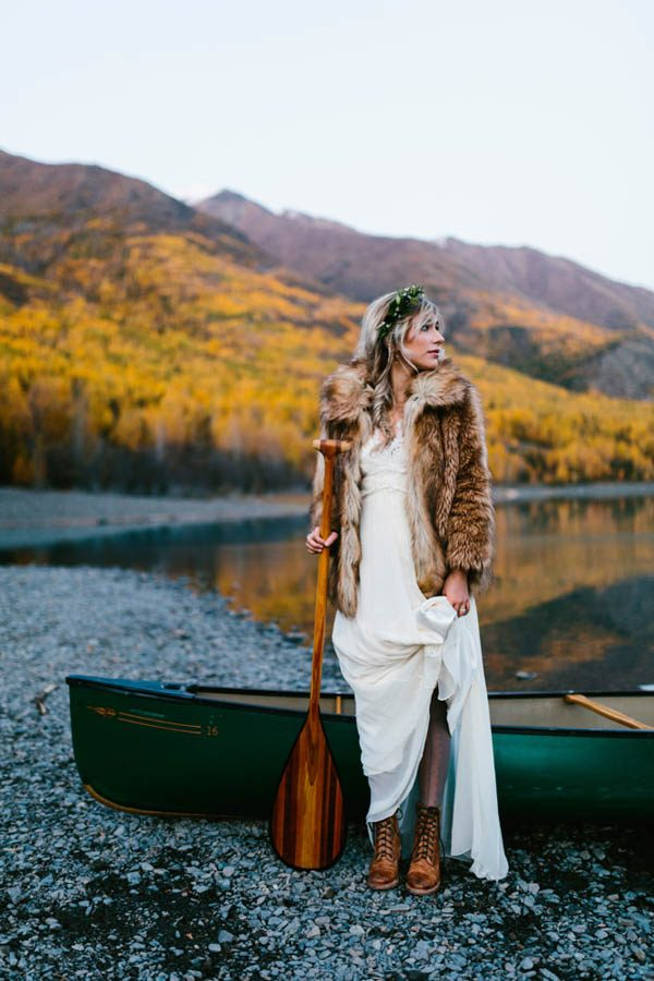 winter-elopement-inspiration-at-eklunta-lake-kristian-lynae-photography-15