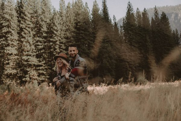 youll-love-the-epic-cuddles-in-this-yosemite-engagement-session-marcela-pulido-photography-15