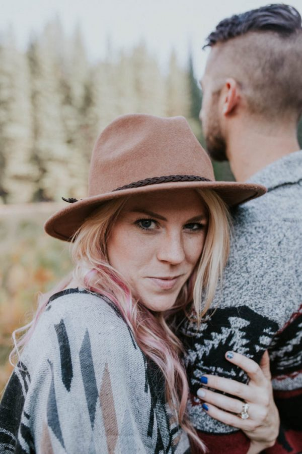 youll-love-the-epic-cuddles-in-this-yosemite-engagement-session-marcela-pulido-photography-17
