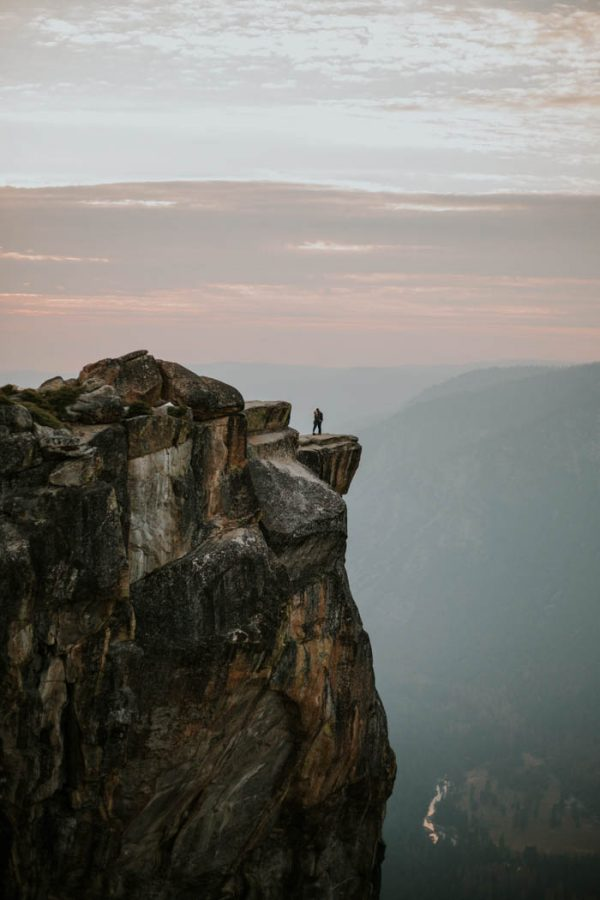 youll-love-the-epic-cuddles-in-this-yosemite-engagement-session-marcela-pulido-photography-24