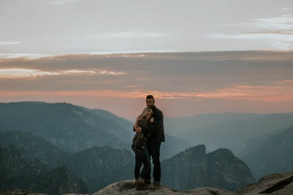 youll-love-the-epic-cuddles-in-this-yosemite-engagement-session-marcela-pulido-photography-25