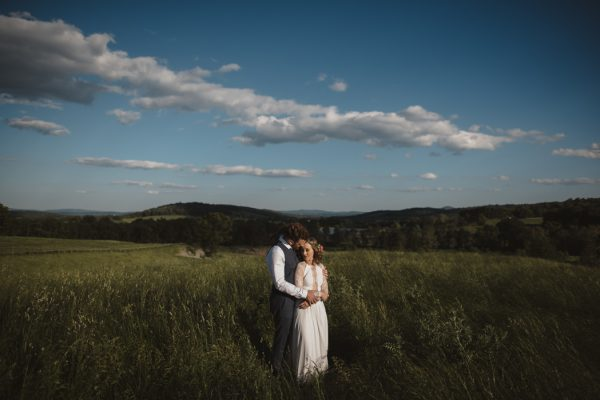 backyard-elopement-in-the-virginia-countryside-12