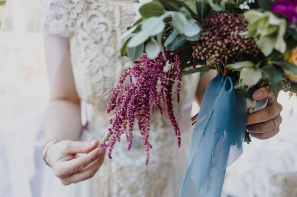 casual-and-intimate-ontario-wedding-at-ainslie-wood-conservation-area-19