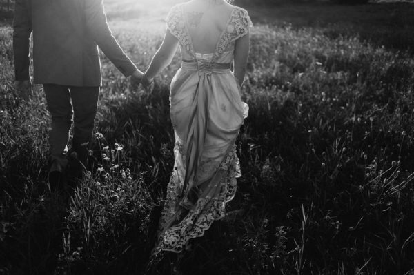 casual-and-intimate-ontario-wedding-at-ainslie-wood-conservation-area-33