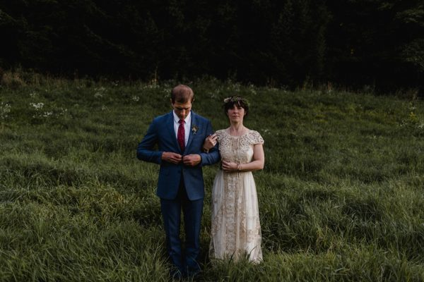casual-and-intimate-ontario-wedding-at-ainslie-wood-conservation-area-36