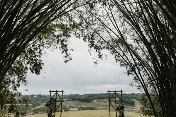 chic-barn-wedding-at-graciosa-byron-bay-11