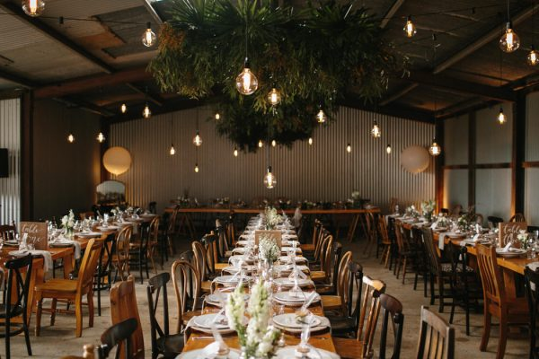 chic-barn-wedding-at-graciosa-byron-bay-24