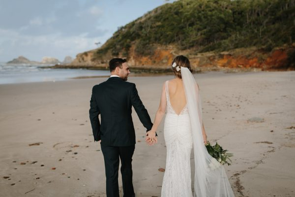 chic-barn-wedding-at-graciosa-byron-bay-30
