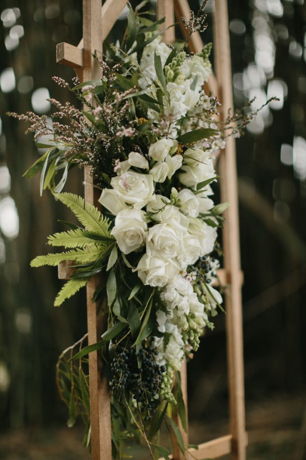 chic-barn-wedding-at-graciosa-byron-bay-9