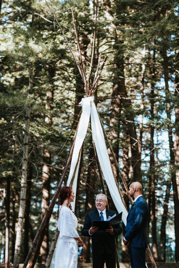 down-to-earth-lake-rosseau-wedding-17