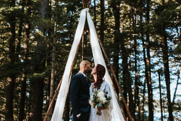 down-to-earth-lake-rosseau-wedding-23
