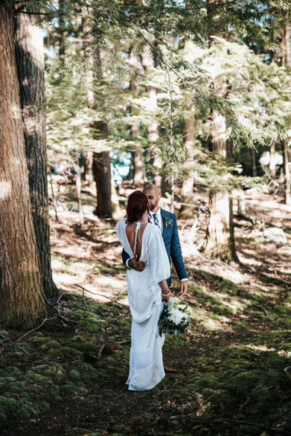 down-to-earth-lake-rosseau-wedding-27