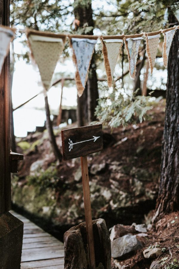 down-to-earth-lake-rosseau-wedding-32